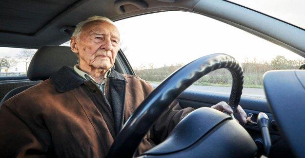 102 Ans, les Automobilistes: Entretien avec Friedrich W. Grade