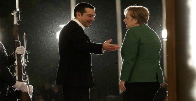 Angela Merkel à Athènes: Atterrissage dans la Tourmente
