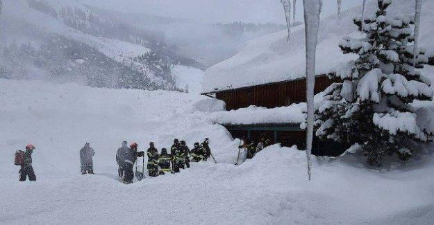 Chaos de neige dans les Alpes: en Dépit de tous les Avertissements à l'écart de la Piste