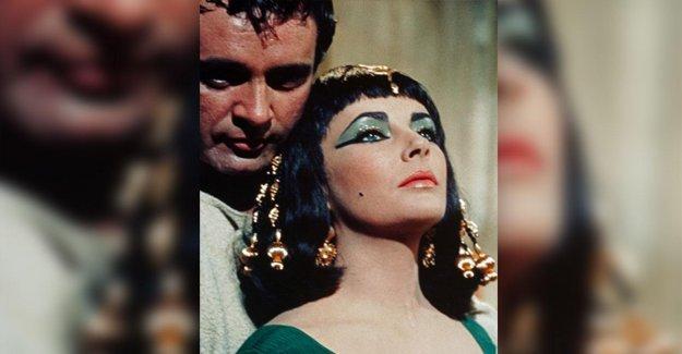 Cléopâtre et Marc antoine: Égyptologue qui veut leur sépulture commune à connaître