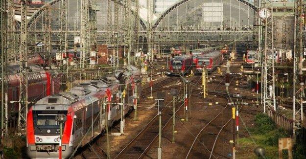 Déficitaire de l'Infrastructure: Le Train absence selon le TFA, 57 Milliards d'Euros