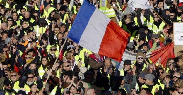 Gelbwesten Manifestations: Macron appelle les Français à un Débat sur