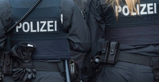 Le commentaire de l'Polizeiskandal : Dangereux Cliché