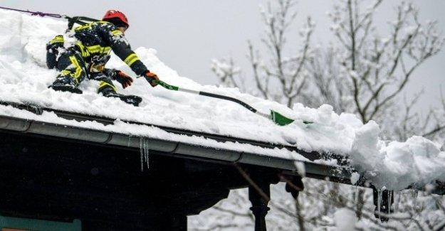 Les chutes de neige et de Dégel: Situation dans des zones sinistrées de la Bavière, se renforce