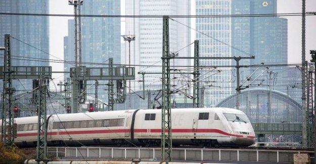 Les passagers de quitter le Train: la Police arrête ICE à cause d'alerte à la Bombe