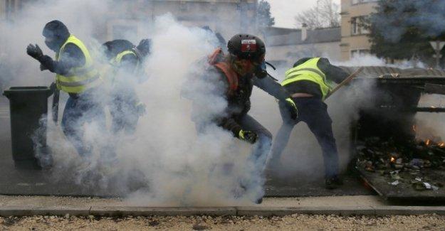 Les protestations de la Gelbwesten: Auteurs d'actes de violence, pas de Démocrates