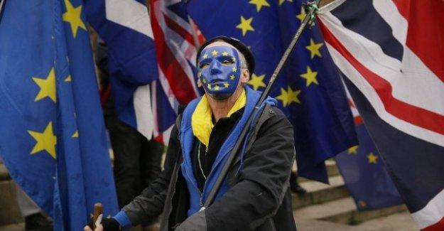 Lettre ouverte à partir de Bruxelles: May tient à Rester dans l'UE comme plus probable que la Sortie sans Deal