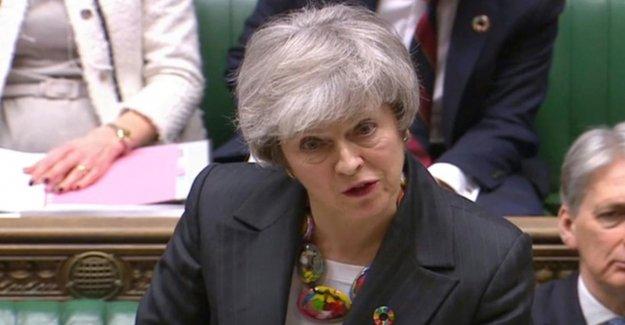 Bataille pour Brexit-Deal: Cloisons-Chef des insultes May Menteuse
