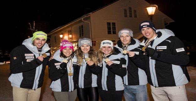 Championne du monde Ellenberger écrit la plus belle coupe du monde de Conte de fées de Vue