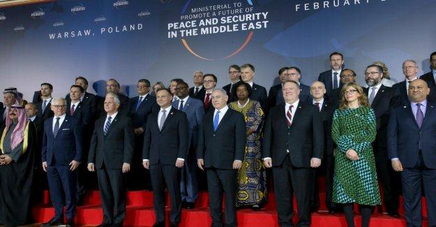 Controversé, Le Moyen-Orient De La Conférence