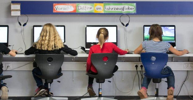 Digitalpakt en Vue: à Venir, enfin, la GroKo Milliards pour les Écoles?
