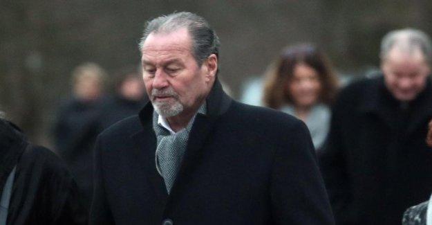 Enterrement de Rudi Assauer: C'étaient Stevens et Calmund il