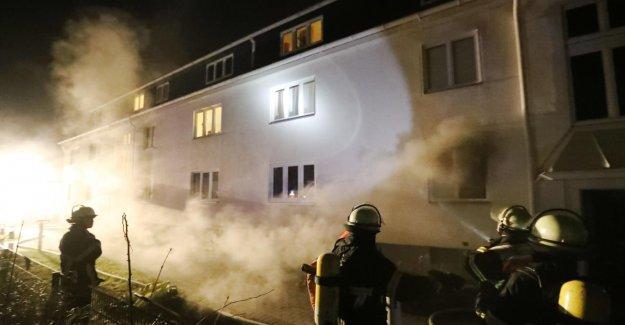 La télévision doit être la Cause!: Incendie dans un Immeuble d'habitations à Osdorf