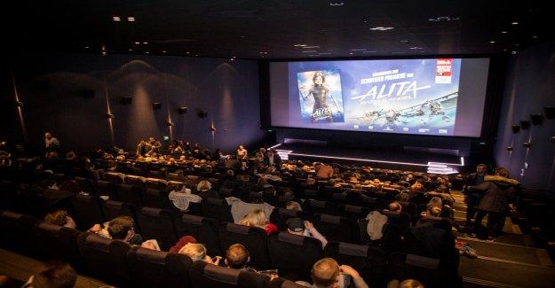 Le Public enthousiaste à la première de «Alita: Battle Angel» Vue