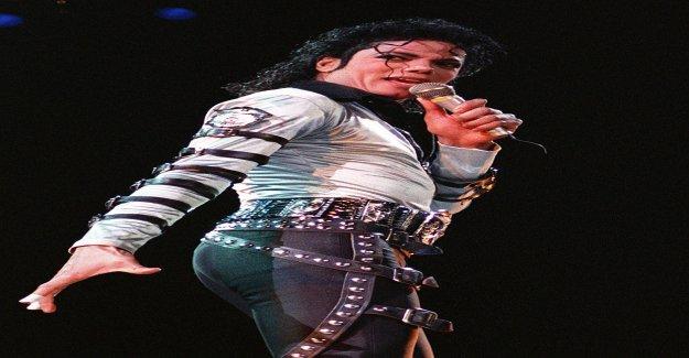 «Pédophiles»: femme de Ménage accusé Michael Jackson (†50) - Vue