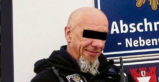 Policier cran Femme morte: Collègue jure, boire de l'alcool ne pas l'avoir remarqué!
