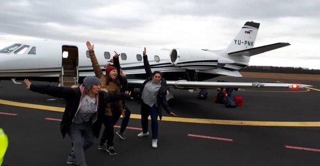 Wendy voyage en avion avec Shiffrin et Co à la coupe du monde de Ski - Vue