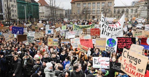 Dans le monde d'Élèves, des Démonstrations Vendredi: Allemand, reportez-Climat-Protestations bien