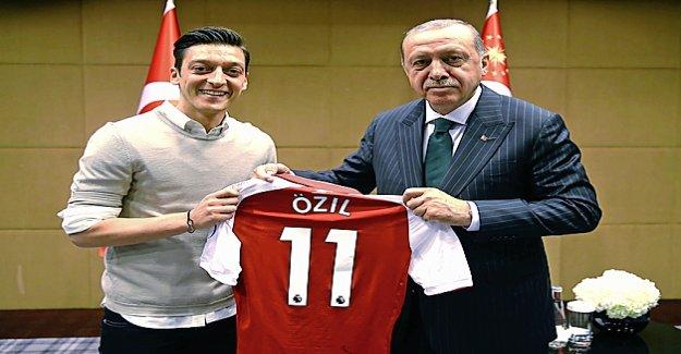 Erdogan devient Témoin de Özil? - Vue