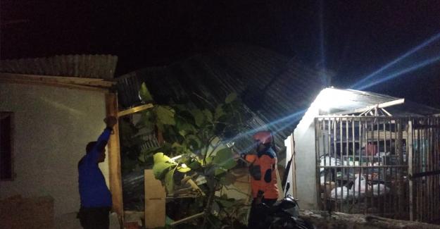 Indonésie: au Moins 42 Morts dans des Glissements de terrain et Inondations