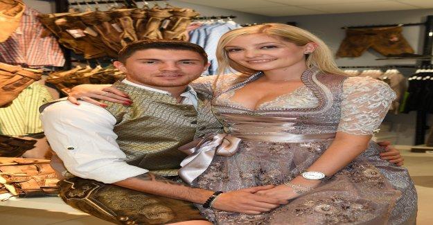Joey Heindle aime Patineuse Suisse Ramona Elsener - Vue