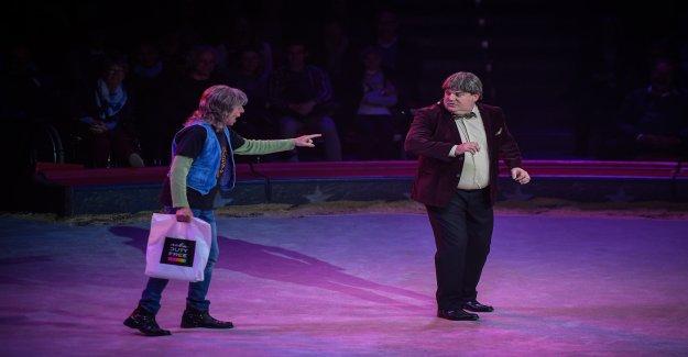 Le cirque Knie fête ses 100. Le Lancement De La Saison - Vue