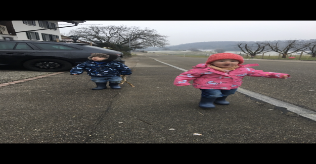 Les enfants à partir de Mönthal AG ont 45 Minutes pour la Maternelle - Vue