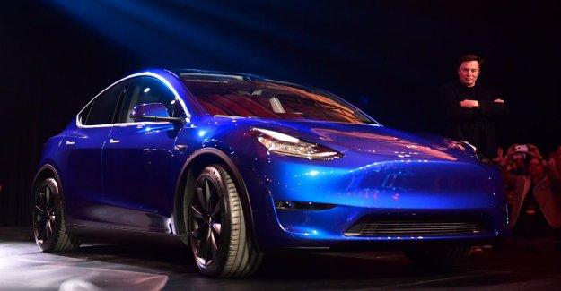 Roulé dans la Tesla Model Y: Infos, la Taille, la Portée et les Prix