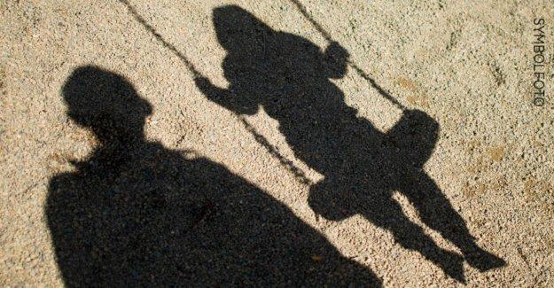 À Potsdam: Homme, Enfant, dans les Buissons ont retenu Témoins recherchés