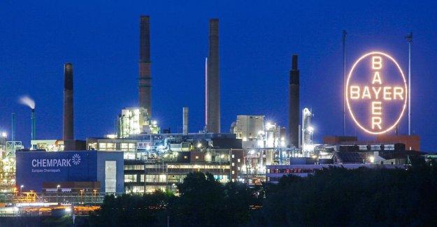 Bayer Leuchtkreuz reste sombre: S'allume Bayer, les Lumières