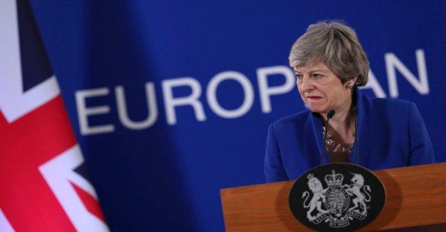 Brexit et de l'Europe du Choix du Sondage: Potins de May, l'UE, les Critiques se situent à l'avant