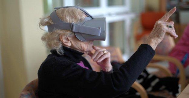 L'agence conçoit App pour les Retraités: Voyager avec des Lunettes 3D