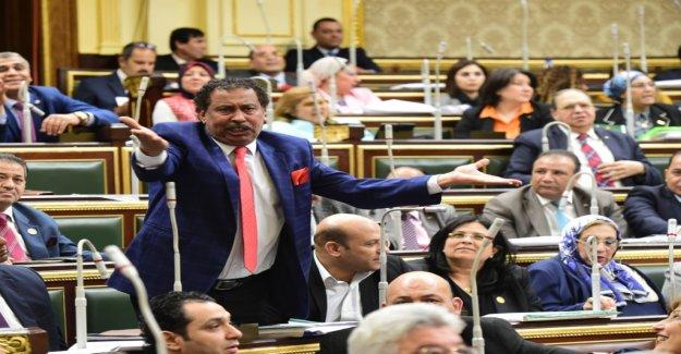 Plus de Puissance pour Al-Sisi - Vue