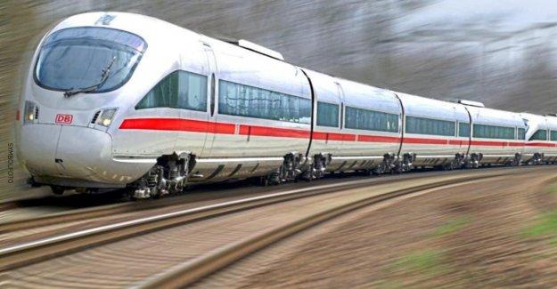 Zwangsstopp pour ICE - Zugreisender menace de Ticket de Contrôleur de Meurtre