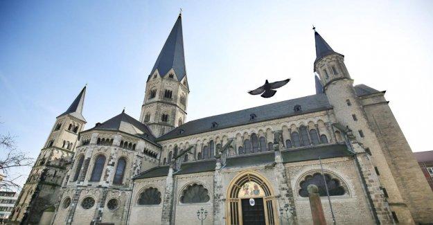 Après le Discours de Bonn: les Prêtres Formateurs présente ses Excuses pour