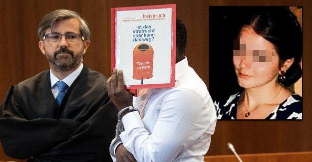 Bonn: Contestation – Elma (17) a été de Brian (19) étouffe