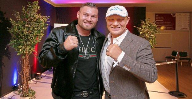 Boxe: Le conseille Axel Schulz Accent Noir en face de Fury-Fight