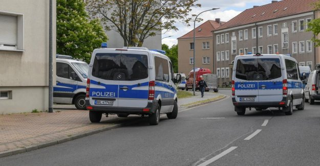 De la Foresterie (Brandebourg): Deux Cadavres dans l'Appartement trouvé