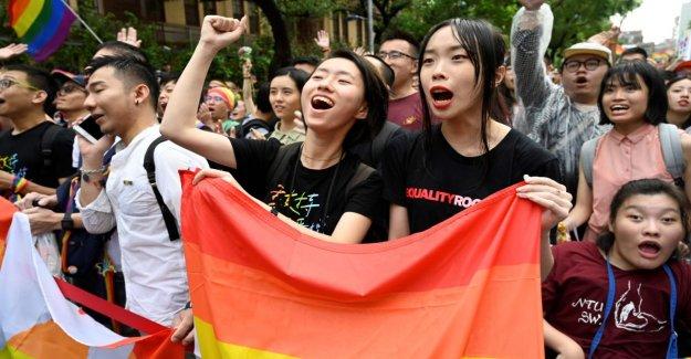Historique Étape: Taiwan conduit au Mariage pour les Gays et Lesbiennes, un