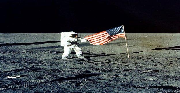 La Nasa Étude le montre: La Lune rétrécit et devient Rides Vue