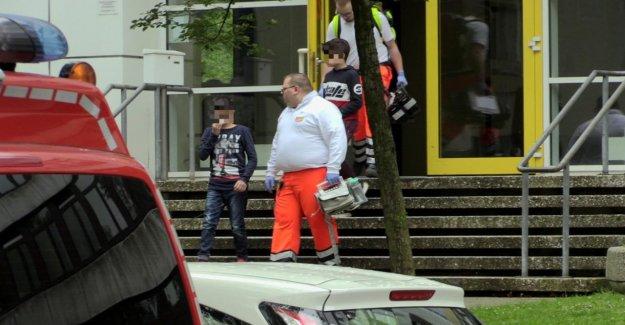 Nourriture: Chili Sauce sur les Poignées de porte! École libéré, 28 Enfants blessés