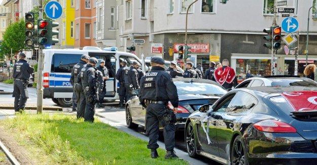 Police-Expert Wendt Illégales, Autokorsos doivent être interdites!