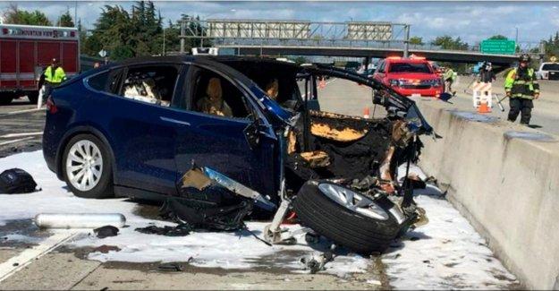 Test: Tesla nouveau pilote automatique, selon les Experts, danger de mort