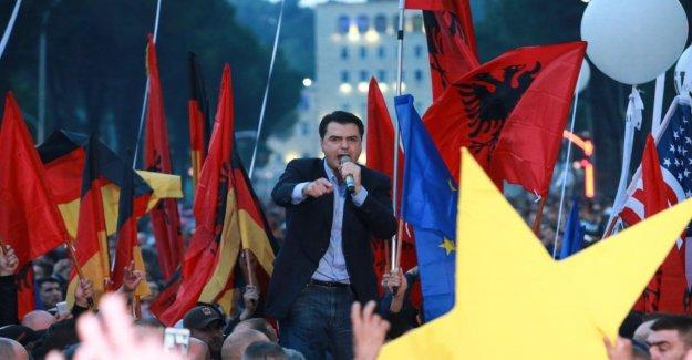 Albanie: la Mafia manipulé les Élections. Montrer Abhörprotokolle