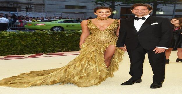 Amoureuse de Bradley Cooper & Irina Shayk - Vue