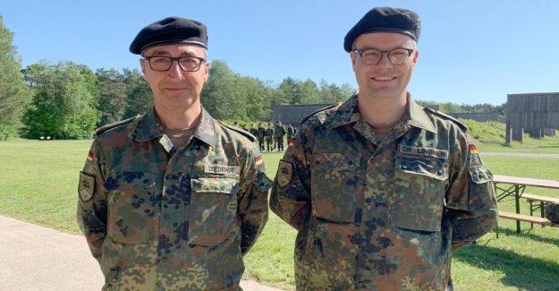 Armée: Vert Özdemir et Lindner en tant que Stagiaire auprès de la Troupe