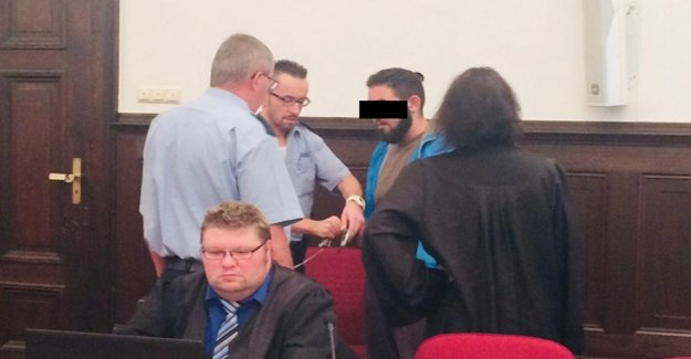 Bonn: l'Accusation la suite de l'Attaque des juifs Professeur