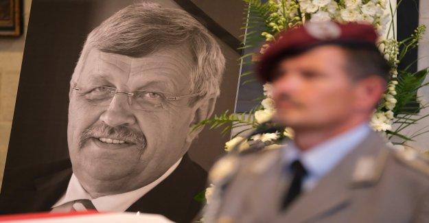 Complices? Deux nouvelles Arrestations dans l'affaire du Meurtre de Walter Lübcke - Vue