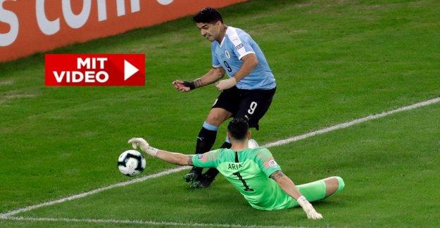 Copa America: Luis Suarez avec gênant Main de Jeu, des Interruptions