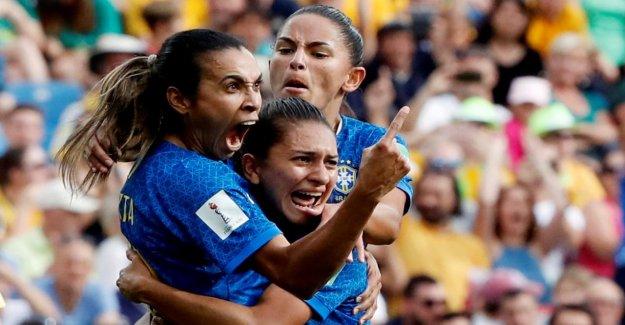 Coupe du monde féminine: Marta apporte Miroslav Klose, l'un et l'insulte